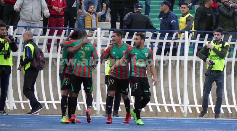 Coupe d'algérie : MCAlger 2 – MOBéjaïa 0 , Le Mouloudia passe en demi-finale sans forcer (images-vidéos)