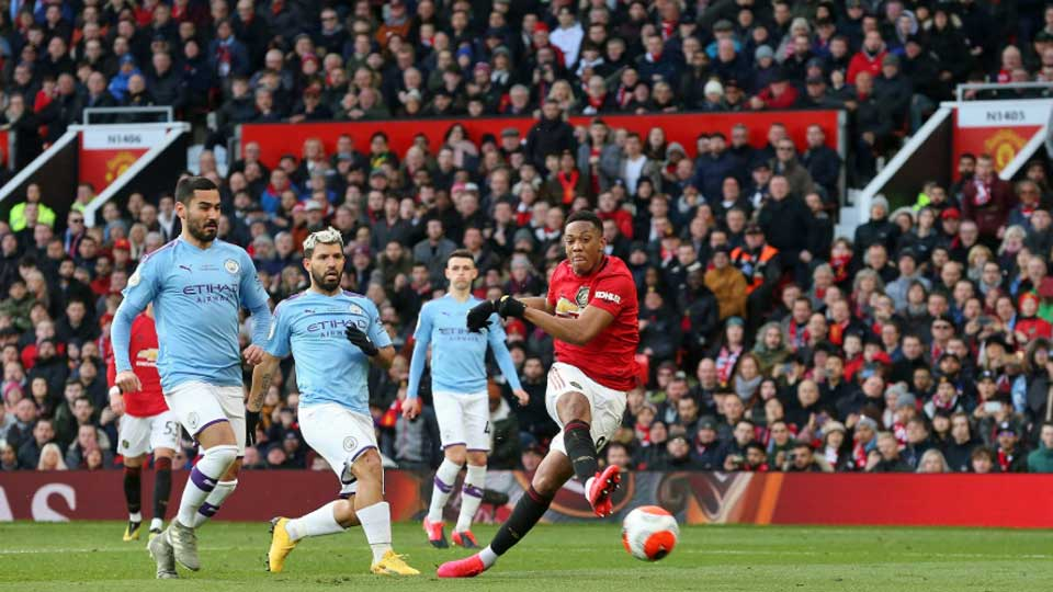 Angleterre : Manchester United 2 – Manchester City 0